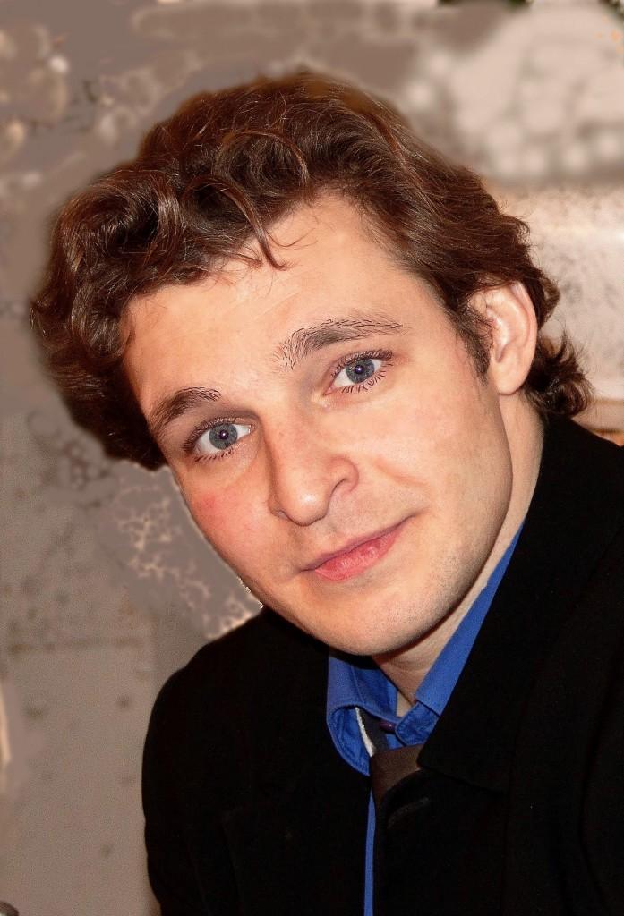 Илья Устюжанинов